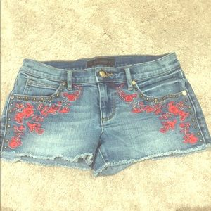 Juicy Couture Embroidered Shorts ❤️